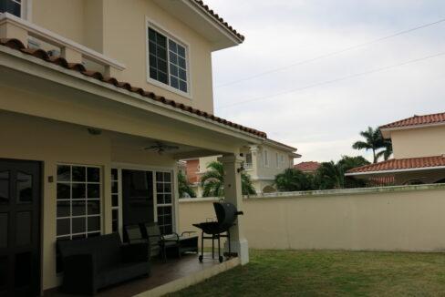 Villa Valencia, Costa Sur11