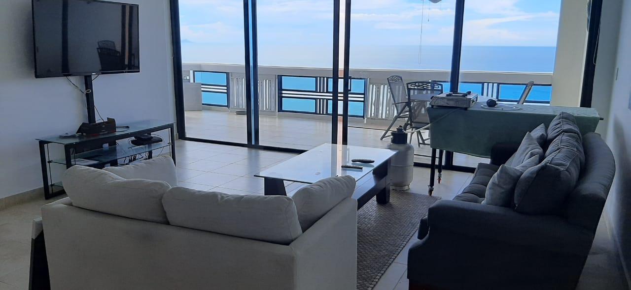 PH Coronado Country Club: 3 Bedroom Total Oceanfront Condo