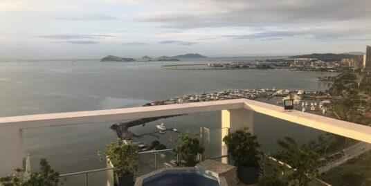 PH Villa del Mar, Avenida Balboa – Amplio Apartamento en Alquiler